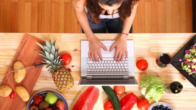 Cara Mendapat Uang dari Food Blogger